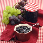 Chutney of red and white grapes